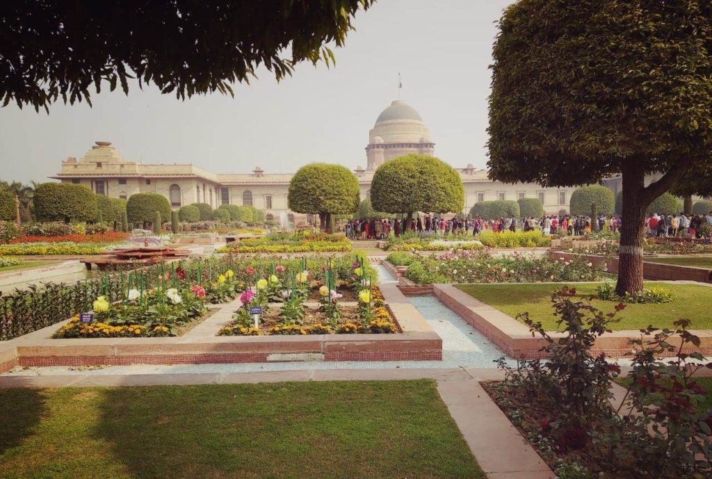 Mughal Gardens 2020 : Entry details, Timings, Nearest Metro